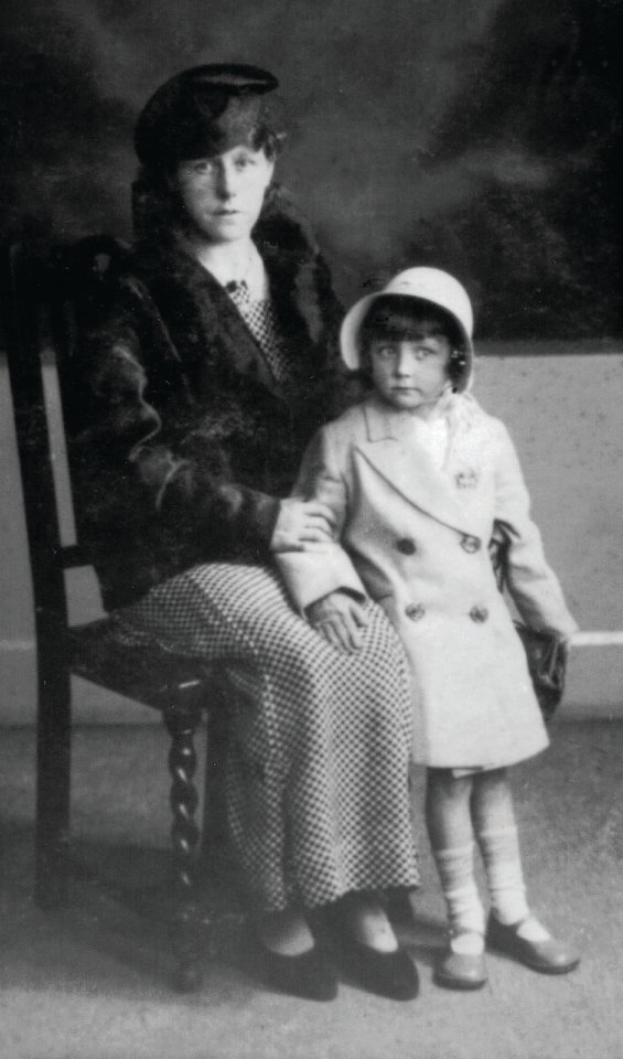 Barbara, aged three, with her mother Freda Taylor